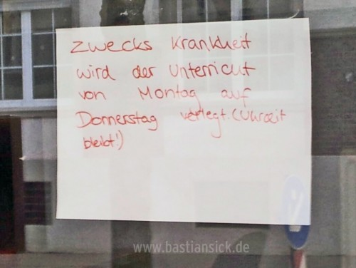 Zwecks Krankheit (Fahrschule in Bielefeld) © Lisa Otte, 02.03.2016_WZ_uLJqV5id_f