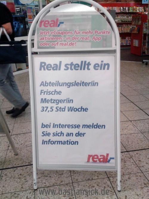 Frische Metzgerin Real-Markt Weingarten © Thomas Keller 24.8.2015_WZ_Ol9quHOu_f