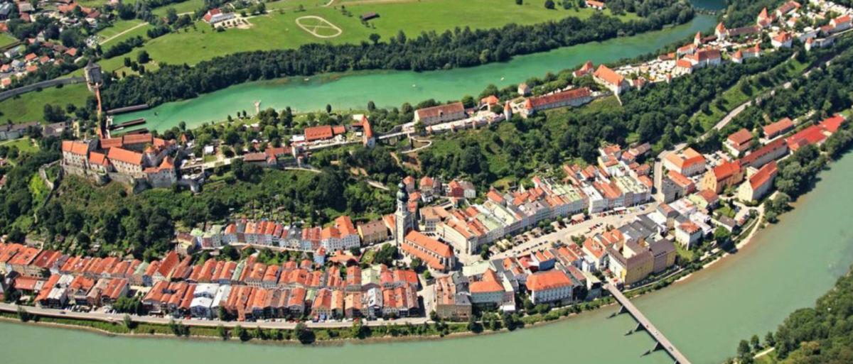 Burghausen aus der Luft