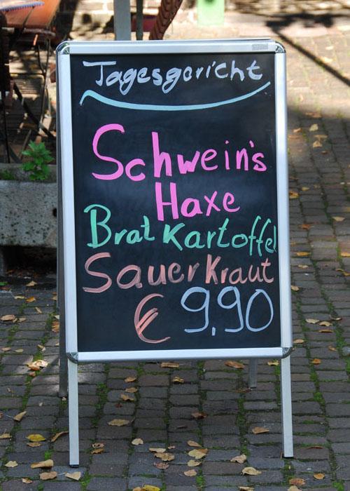 Schweinshaxe_hvolJYuH_f.jpg